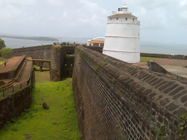 Форты Агуада и Алорна (Fort Aguada and Alorna)